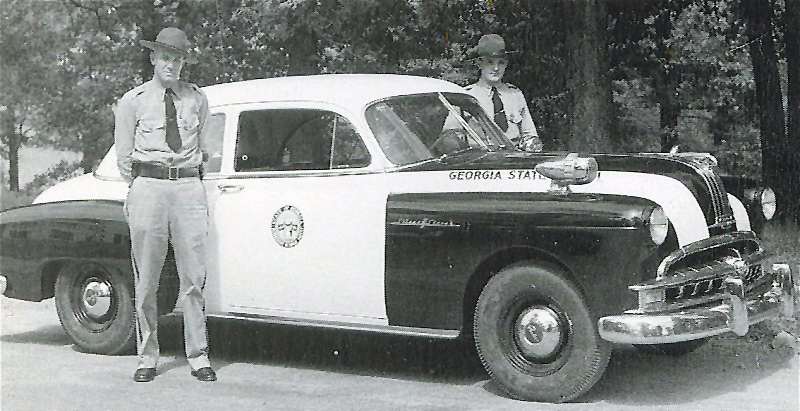 Georgia state police car and oficer